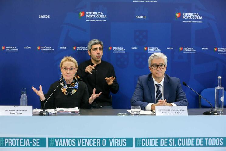 A diretora-geral da Saúde, Graça Freitas, e o secretário de Estado da Saúde, António Lacerda Sales
