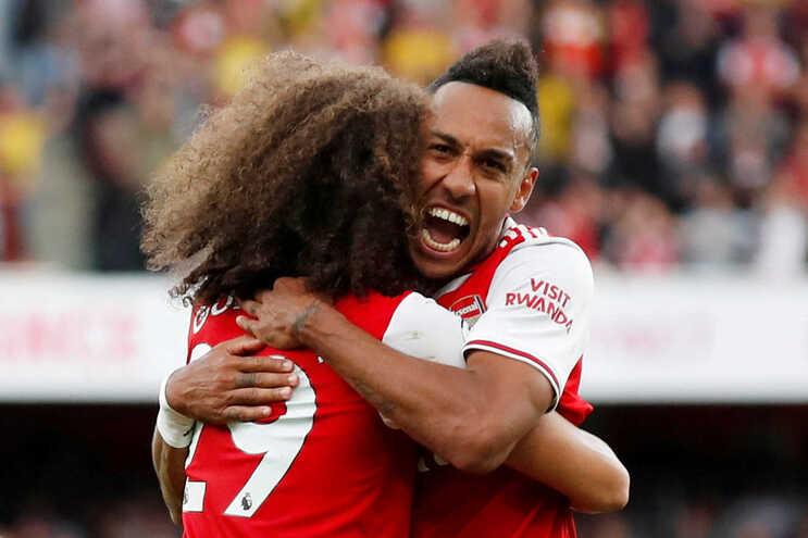 Arsenal e Tottenham empatam no fecho da quarta ronda