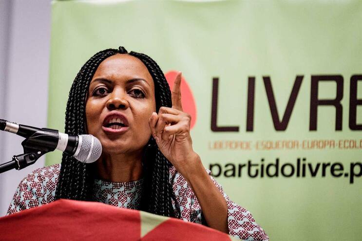 Assembleia do Livre retirou confiança política a Joacine na semana passada