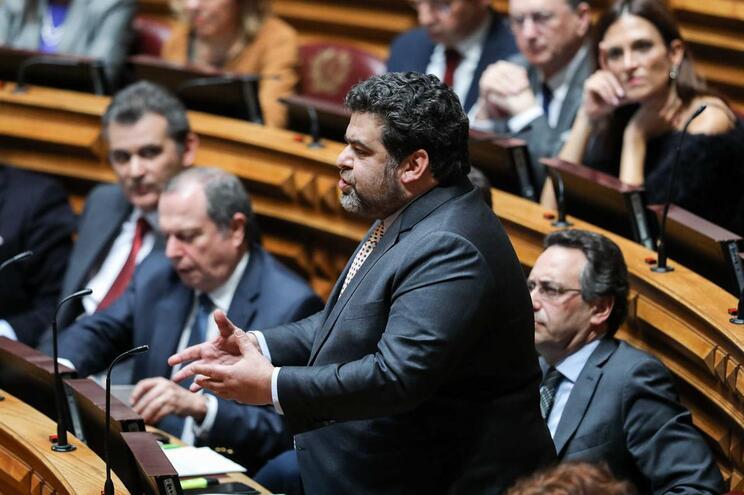 O deputado do Partido Socialista (PS) Fernando Rocha Andrade