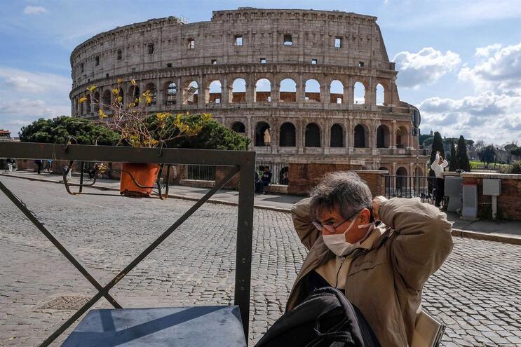 Itália é o segundo país mais afetado pelo coronavírus, com 10.149 casos de infeção e 631 mortes