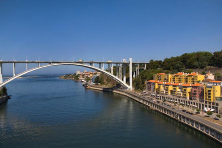 Uma segunda nova travessia, exclusiva para o metro, ficará junto à Ponte da Arrábida