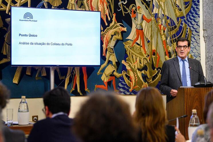 Sessão extraordinária da Assembleia Municipal para debater Coliseu do Porto