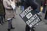 Protestos após a morte de um jovem afro-americano pela polícia