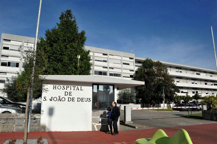 O homem foi transportado para o hospital de Famalicão