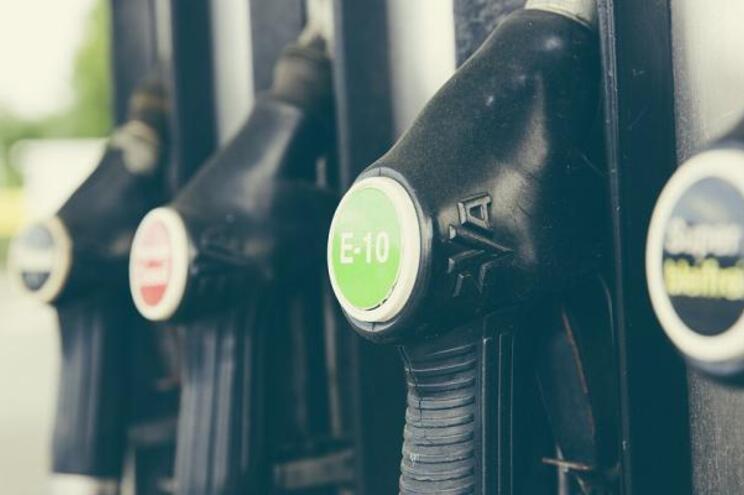Venda de combustível subiu 30% na última semana, diz Governo