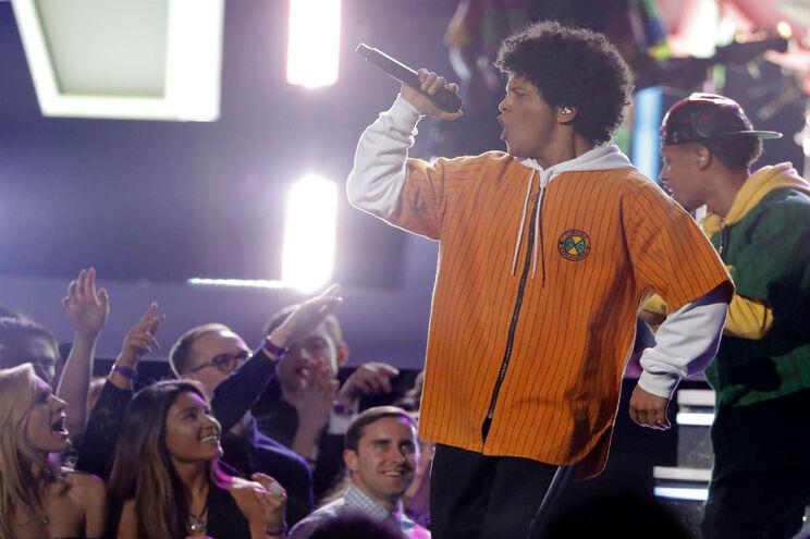 Bruno Mars atua dia 24 de junho no Rock in Rio
