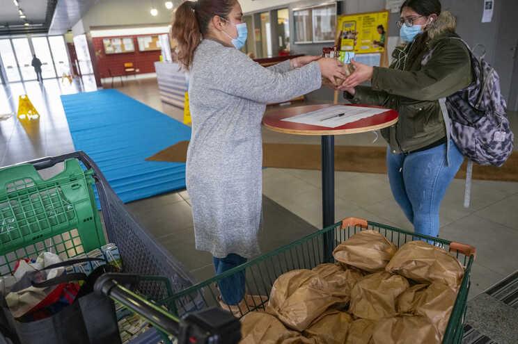 Servidos 45 mil pratos diários, cerca de 40% dos confecionados em janeiro