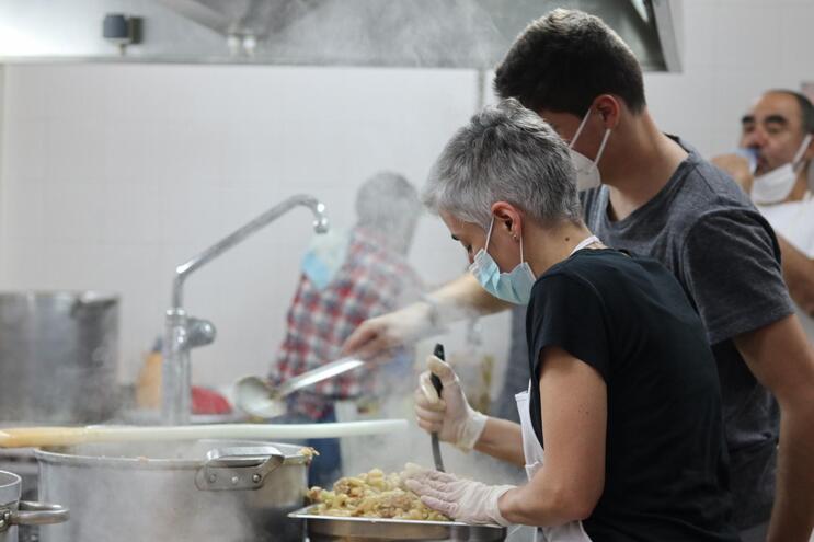 VAP distribui diariamente, em Braga, 400 refeições solidárias
