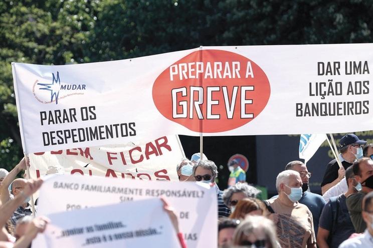 Sete sindicatos do setor juntaram-se pela primeira vez em julho em manifestação