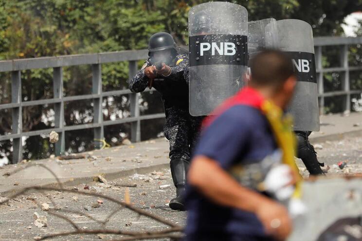 Há 966 presos políticos na Venezuela, o número mais alto da história
