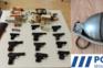 Agressor tinha diversas armas em casa