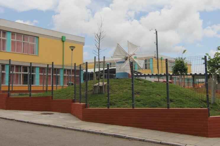 EB 2,3 do Agrupamento de Escolas Cardoso Lopes, na Amadora, alvo de críticas por limitar o vestuário