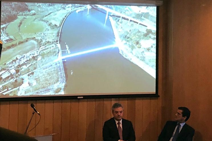 Após uma relocalização da infraestrutura, só as ligações à nova ponte implicam um investimento de 173