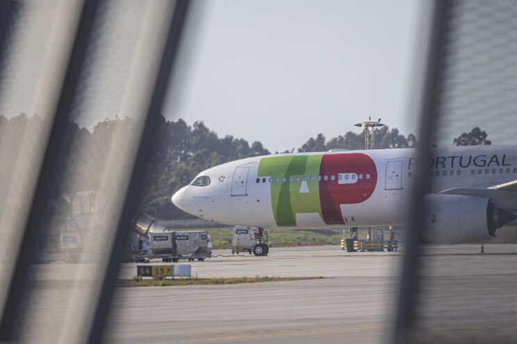 """Costa: Portugal está """"a fazer um esforço imenso para proteger"""" a TAP"""