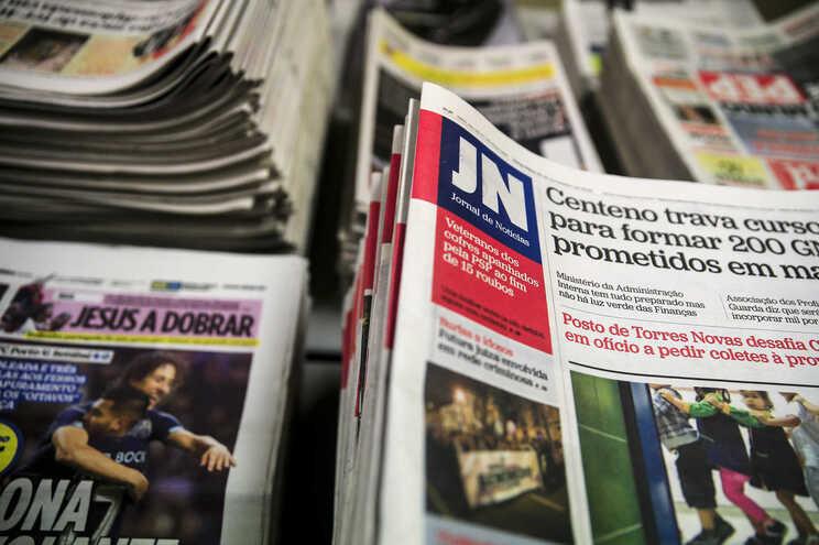 Em causa está a partilha de cópias e acessos indevidos das edições diárias e semanais dos mais diversos