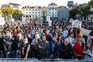 Centenas juntaram-se este domingo em Lisboa em protesto contra o confinamento