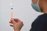 Bruxelas considera inaceitável atraso de vacina daAstraZeneca