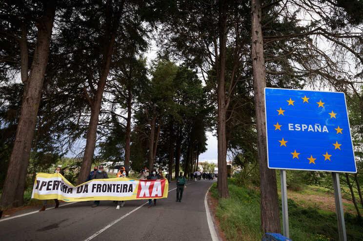 Espanha recua com obrigatoriedade de teste na fronteira