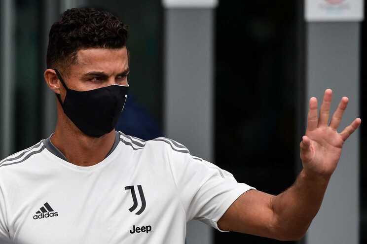 Cristiano Ronaldo vai demolir estrutura de apoio construída na cobertura de apartamento de luxo em Lisboa