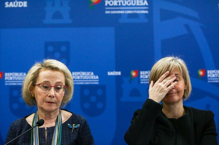 Líder do Chega questionou manutenção da confiança a Graça Freitas (à esquerda)