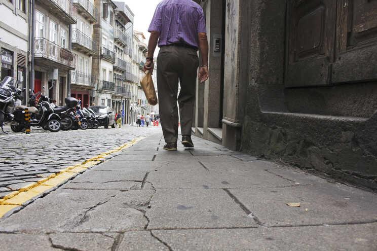 A casa onde a mulher se prostituía situava-se na Rua de Belomonte, no Porto