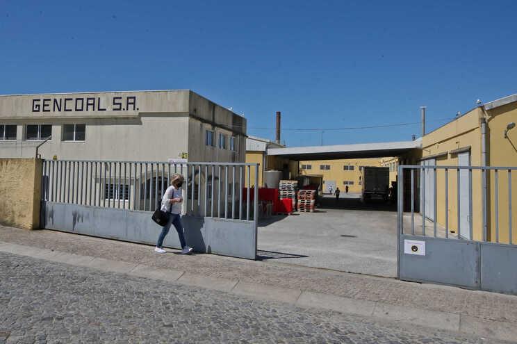 """A ARS/Norte e a delegação local de saúde estiveram, esta manhã, em visita à Gencoal, para uma """"vistoria"""""""