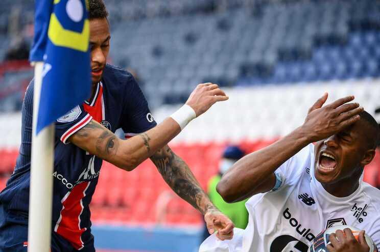 Neymar e Tiago Djaló foram castigados