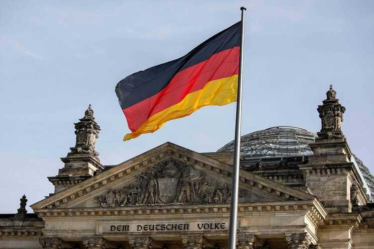 Berlinenses apoiam expropriação de grandes proprietários para conter preços da habitação