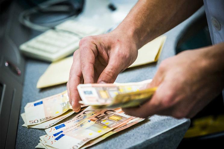 Moratórias nos empréstimos foram criadas como uma ajuda a famílias e empresas penalizadas pela crise