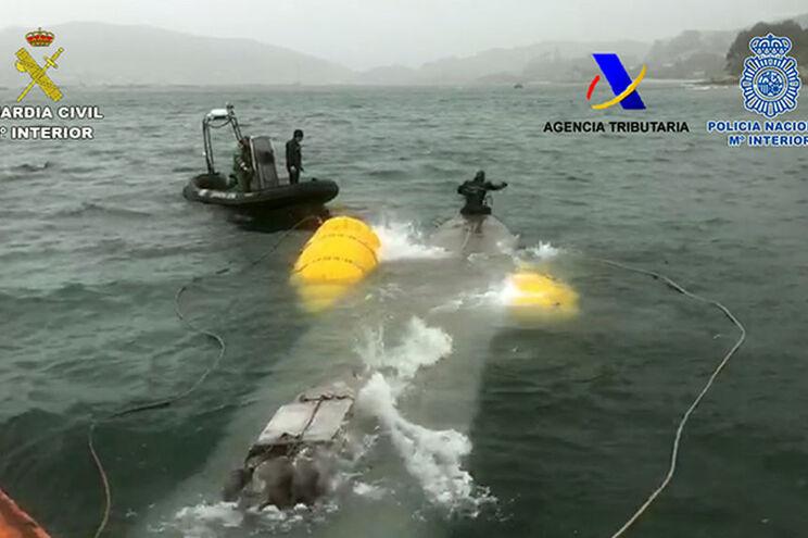 Piloto galego do narcosubmarino detido em Espanha