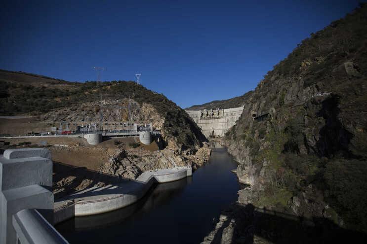 As barragens que foram transmitidas pela EDP ao consórcio francês são da bacia do Douro