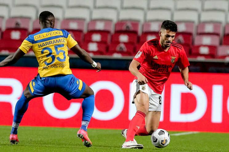 Benfica recebeu o Estoril nas meias-finais da Taça de Portugal