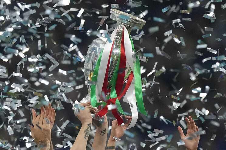 UEFA abriu processo por incidentes na final de Wembley