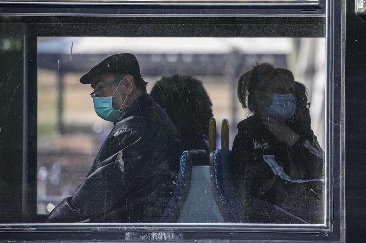 Alemanha decretou uso obrigatório de máscara