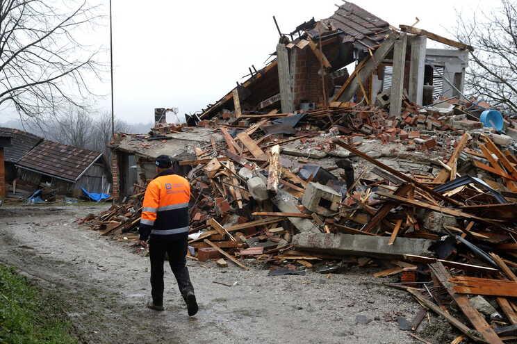 Sismo de 29 de dezembro causou grande destruição