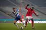 Benfica e F. C. Porto defrontam-se esta quinta-feira às 18.30 horas