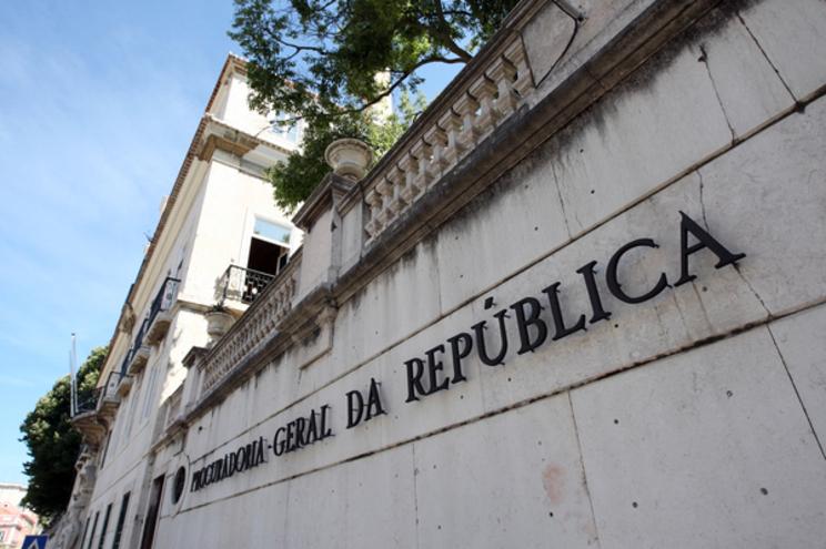 O JN confirmou junto da Procuradoria-Geral da República (PGR) que está a decorrer um inquérito no Departamento