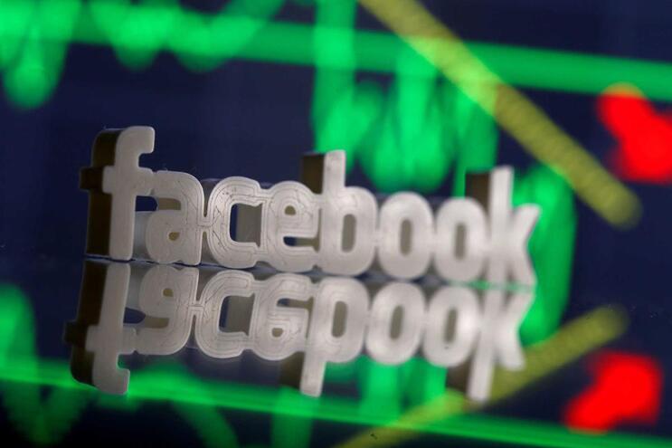 Facebook com resultados positivos mas abaixo do previsto