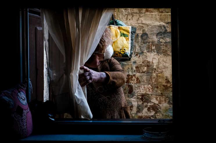 """Dos 610 milhões inscritos na """"bazuca"""" europeia, cerca de 300 milhões destinam-se ao combate à pobreza"""