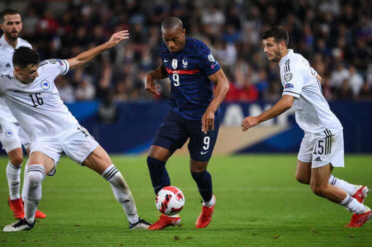 França empatou em casa com a Bósnia