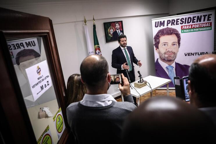 """Ventura diz que o Chega não vai ser """"muleta do PSD no século XXI"""" nem o """"BE à direita, de protesto"""""""