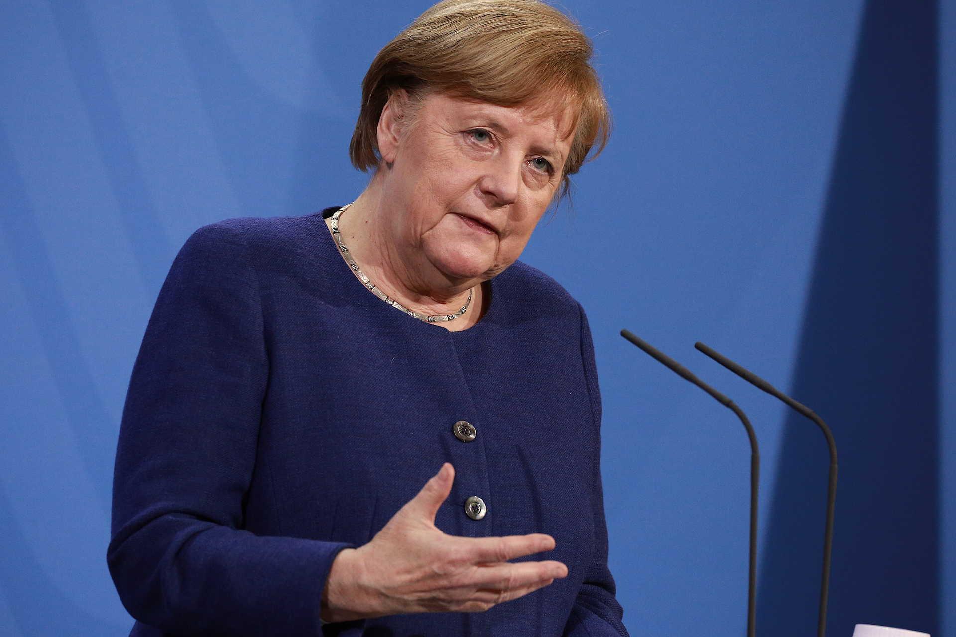 Merkel Admite Passaporte De Vacinacao Europeu Ate Ao Verao