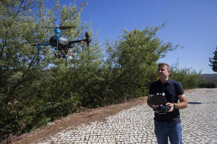 """Drone Clube de Portugal apoia a medida, que considera ser """"a via para ensinar aos pilotos as regras sociais"""