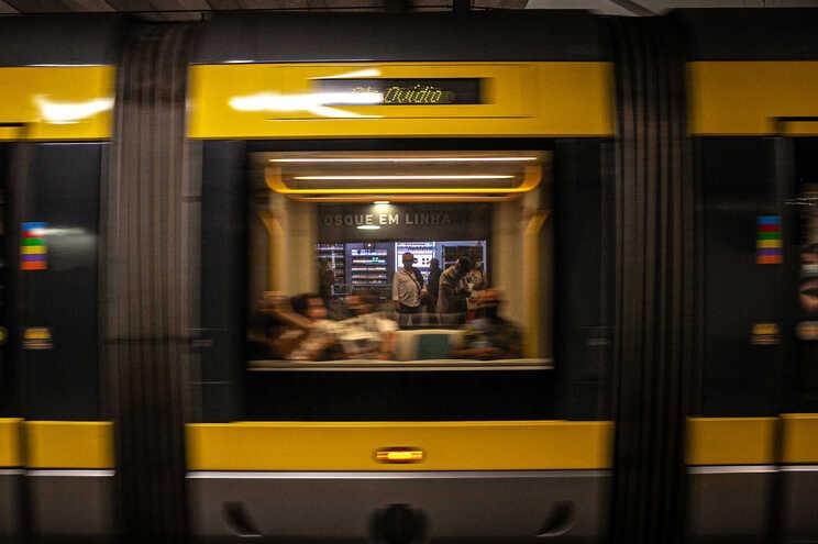 Concurso para nova linha do metro entre Porto e Gaia lançado sexta-feira