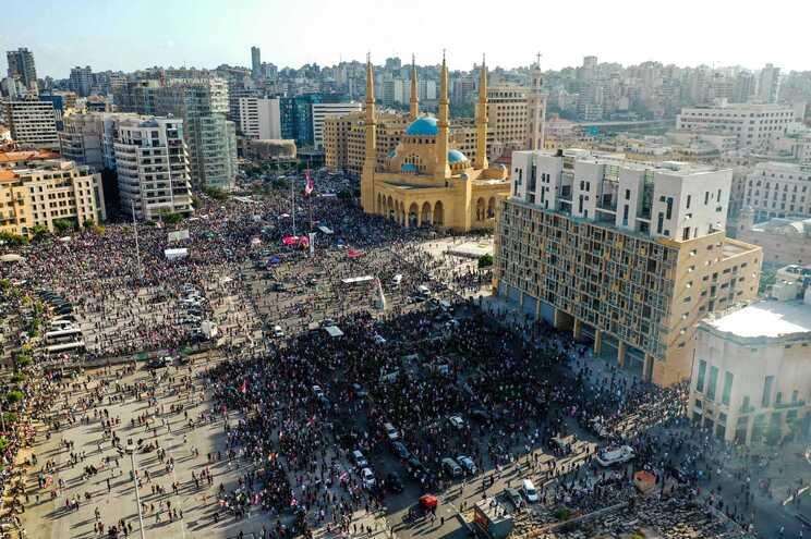 A explosão de terça-feira provocou mais de 150 mortos, seis mil feridos e dezenas de desaparecidos