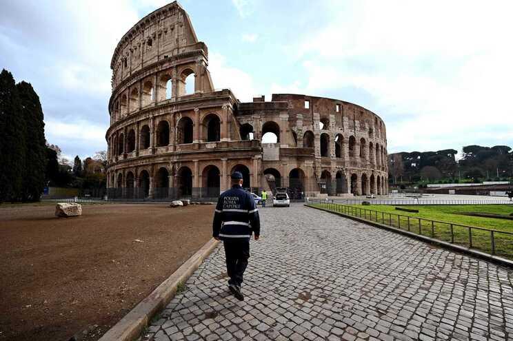 Depois de França e Espanha, Suécia e Itália reportam casos da nova variante