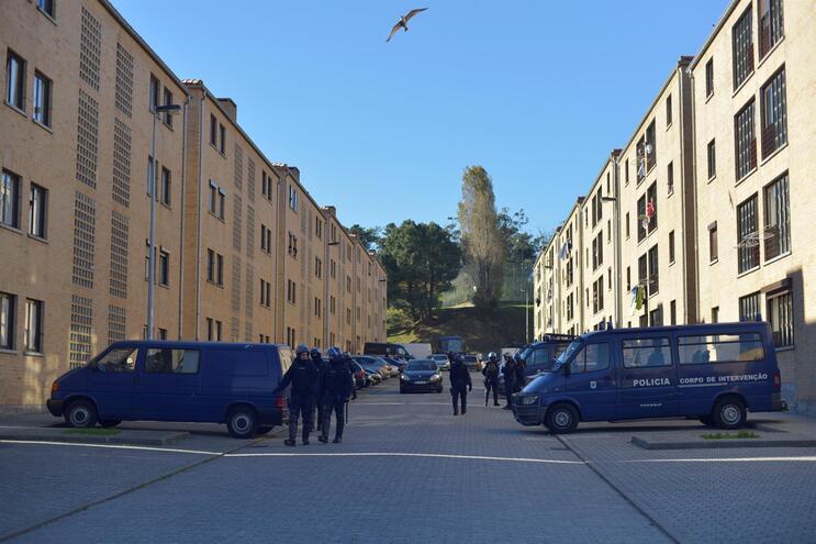 A PSP montou operação de prevenção criminal nos bairros da Pasteleira Nova (na foto) e no Pinheiro Torres