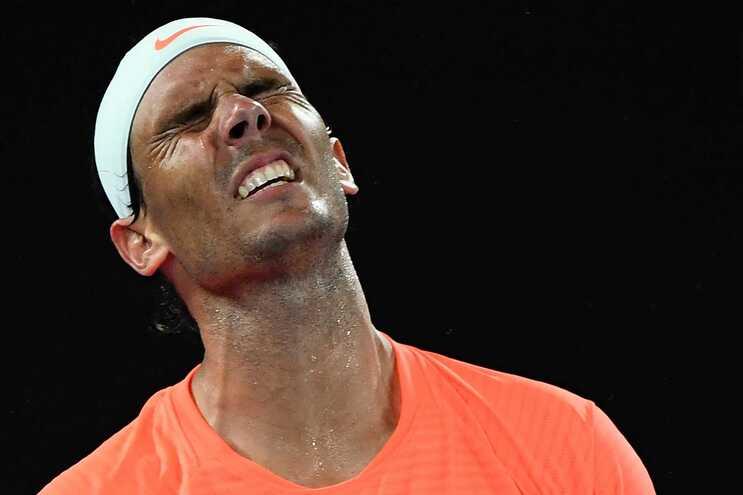 Rafael Nadal foi derrotado por Stefanos Tsitsipas
