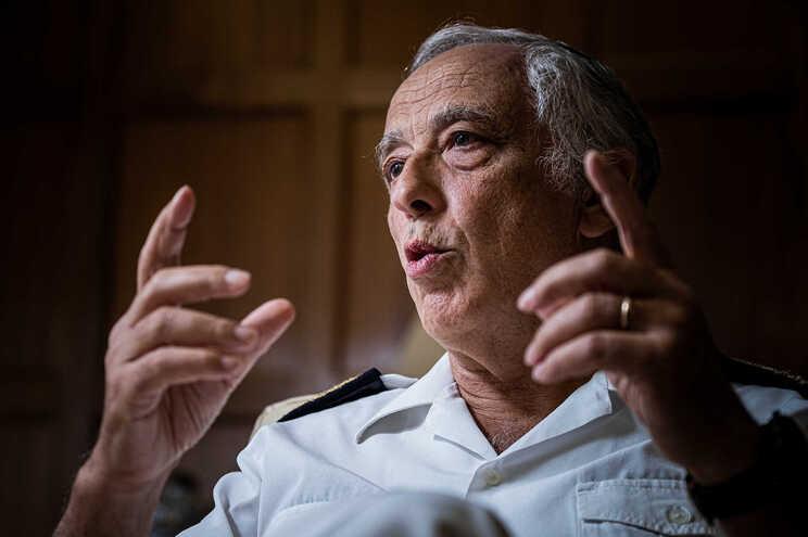 Almirante Silva Ribeiro, chefe de Estado-Maior-General das Forças Armadas